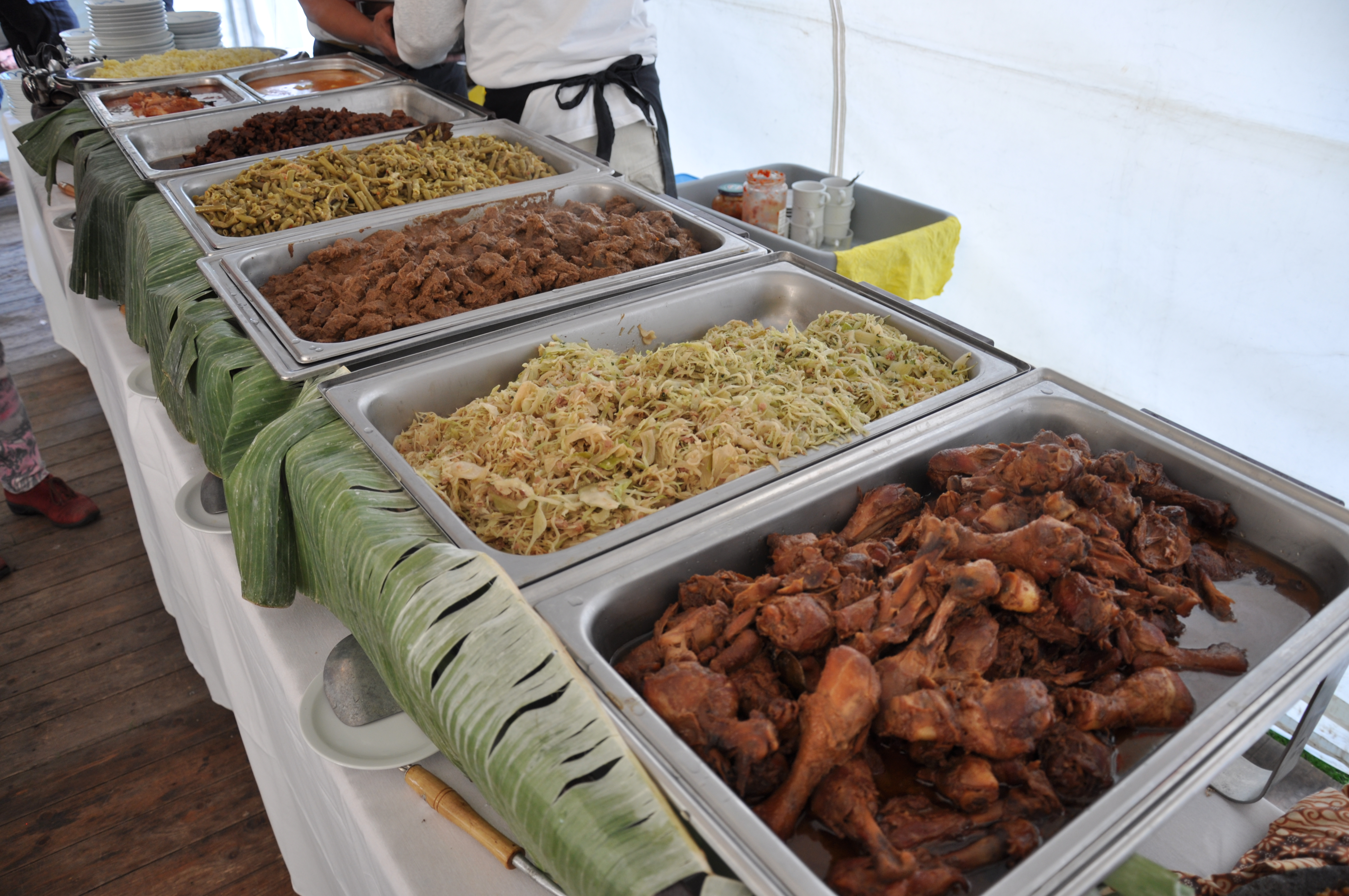 lopend buffet ,Indische Molukse catering